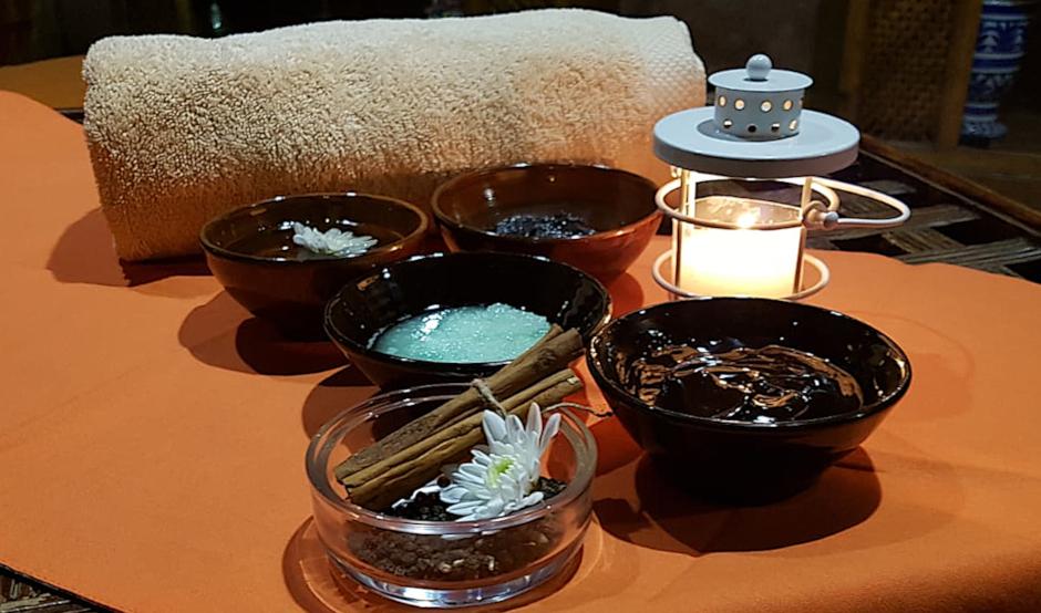 Cupón regalo para tratamiento de masaje, baño y aromaterapia en el Aljibe de San Miguel de Granada
